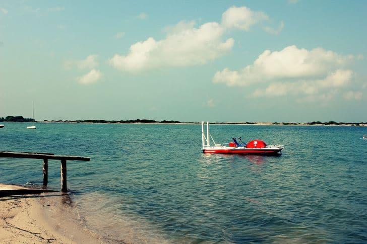 Baia dei Turchi a Otranto: 5 motivi per scegliere questa spiaggia salentina