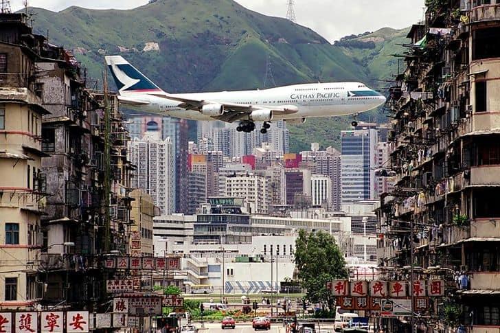 Kai Tak, l'ex aeroporto più pericoloso al mondo