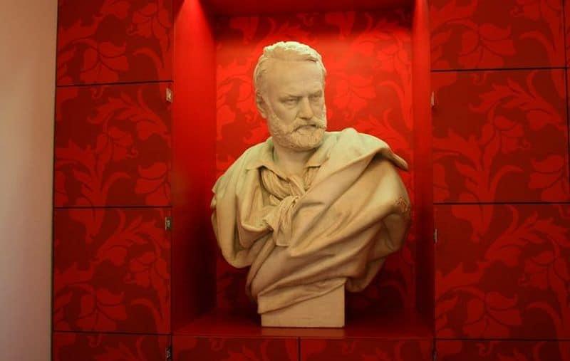 Visita alla Maison Victor Hugo, casa museo nel cuore di Parigi