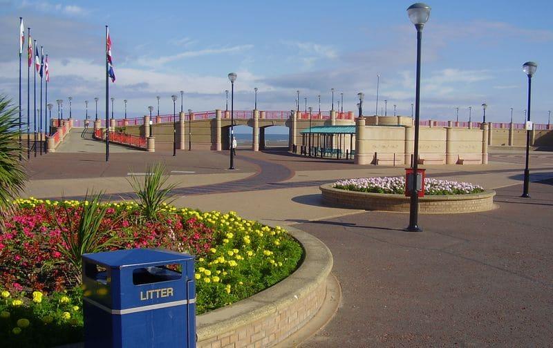 Vacanze a Rhyl: i britannici vanno al mare in Galles