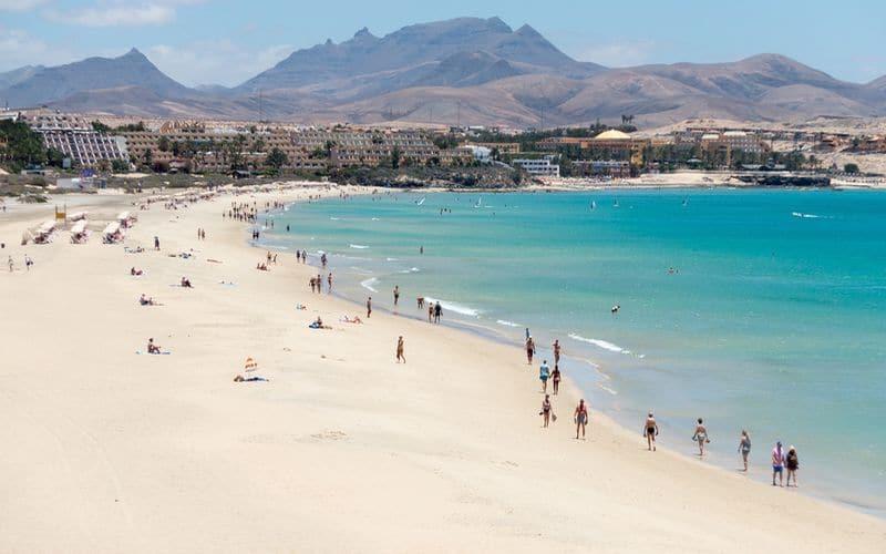 L'isola di Fuerteventura: mare caraibico in mezzo all'Oceano Atlantico
