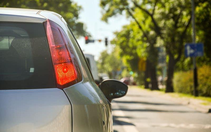 Sicurezza stradale: 10 cose da sapere per viaggiare sicuri in auto