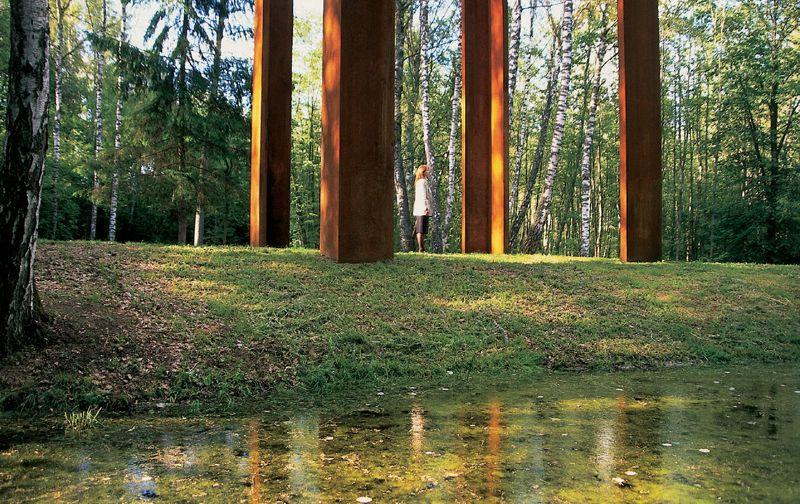 Cosa vedere nei dintorni di Vilnius: Europos Parkas, museo open-air al centro dell'Europa