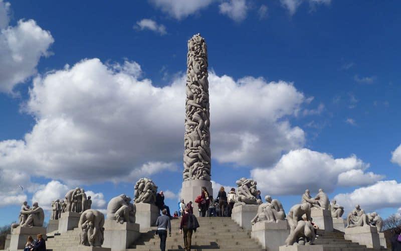 Oslo: cosa vedere nel Parco delle sculture Vigeland