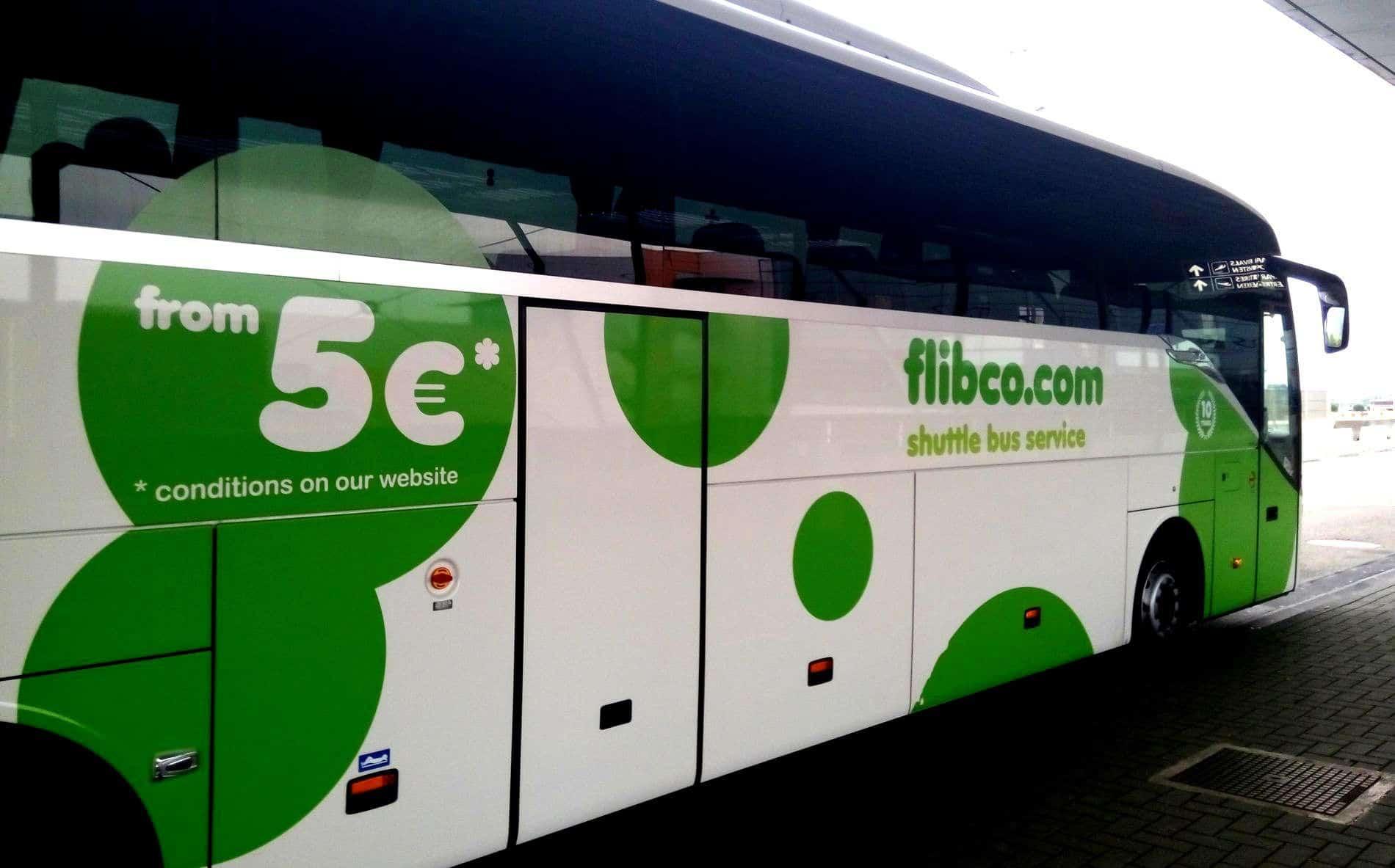 In bus dall'aeroporto Charleroi a Bruges con Flibco