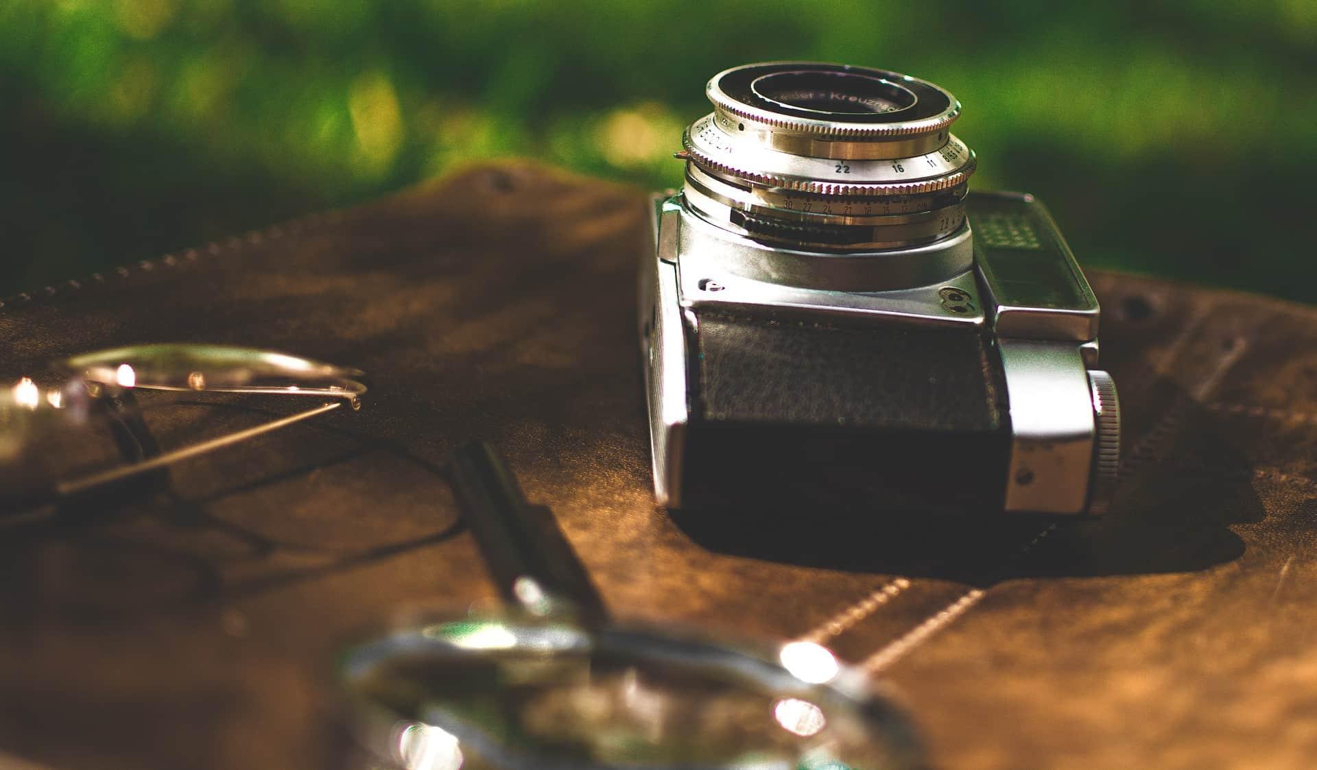 Storia della macchina fotografica in breve