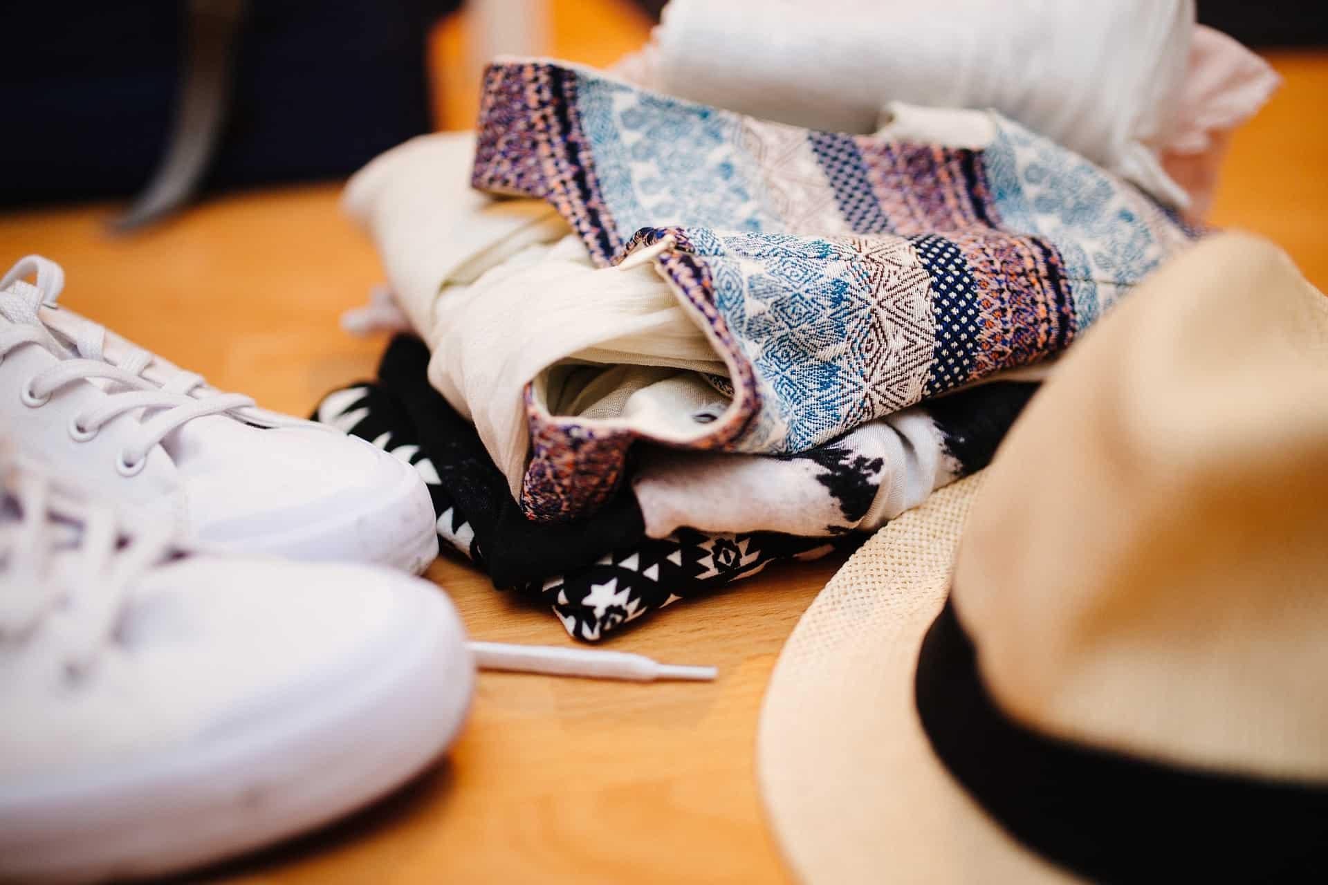 Viaggiare con stile: cosa mettere e cosa non mettere in valigia