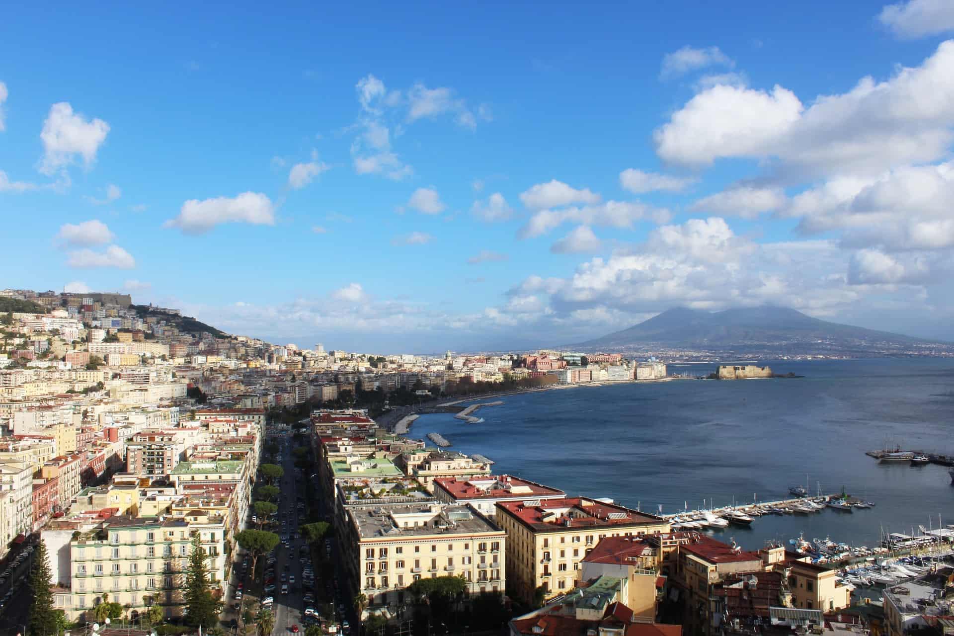 Dove dormire a Napoli: i quartieri migliori in cui alloggiare