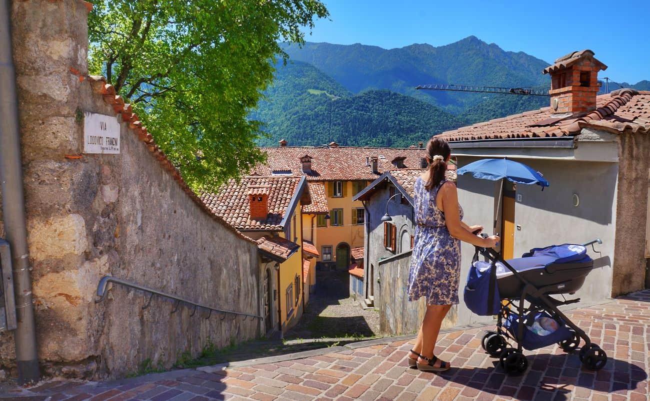 Dove andare in vacanza con un neonato: mete e consigli