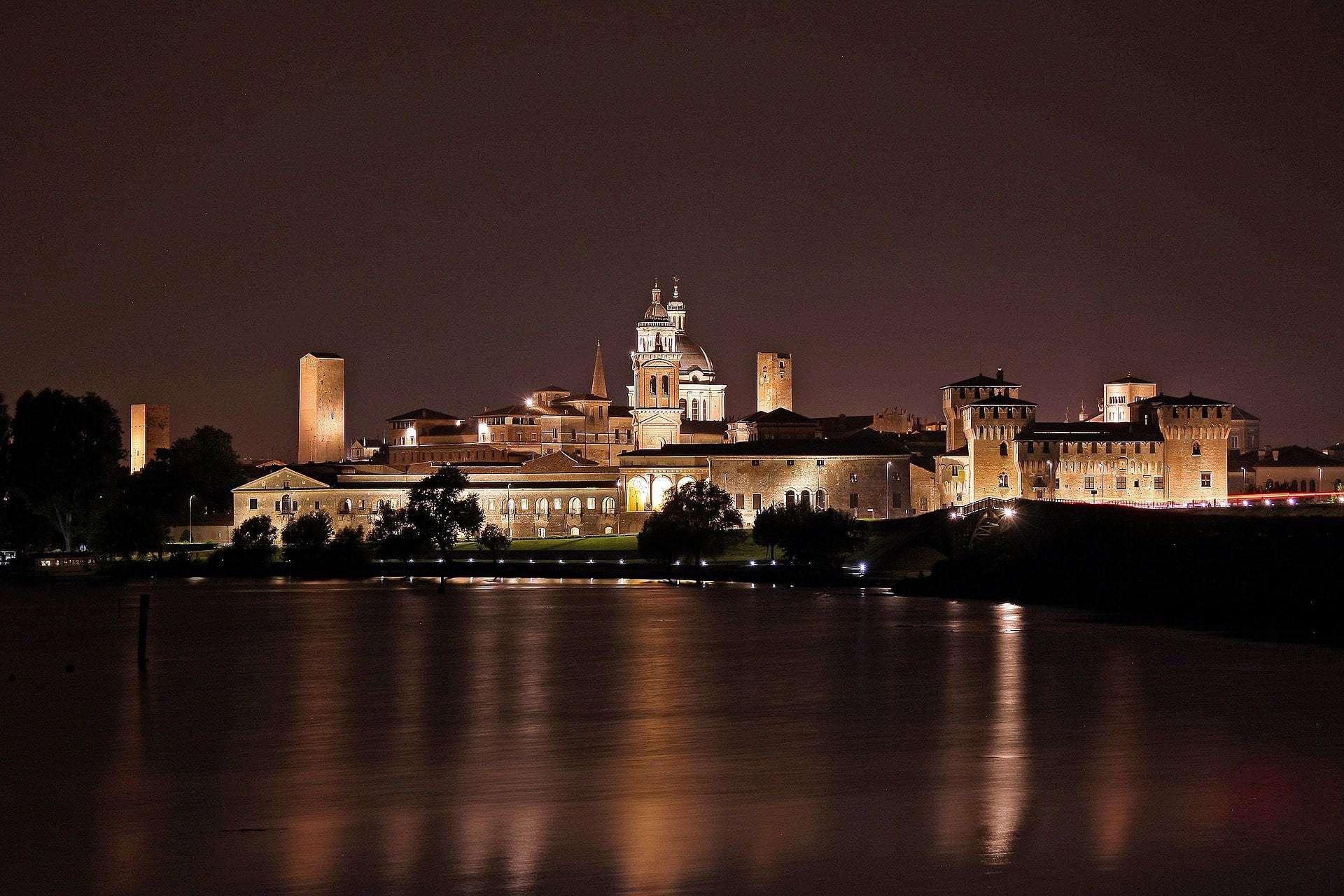 Cosa vedere a Mantova in poche ore: itinerario e luoghi da visitare nel centro storico